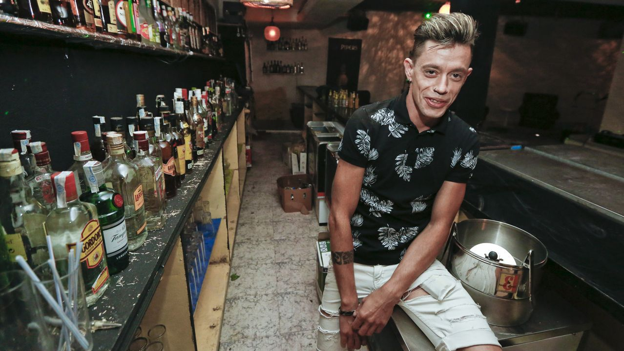 Actuacion Porno Gay abre en lugo la primera sala porno-gay