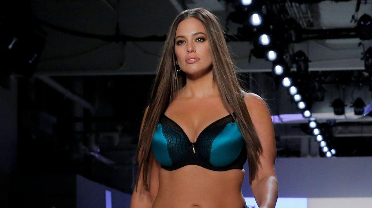 f4fc4409a64 Ashley Graham, nuevo ángel de Victoria's Secret