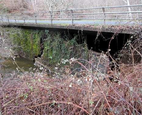 Arzúa cierra la carretera a Santiso por el riesgo de desplome de un puente 43e1bb5456eeb