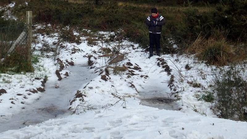 La nieve cubre varios puntos de la montaña de A Coruña d52f03e2f825a