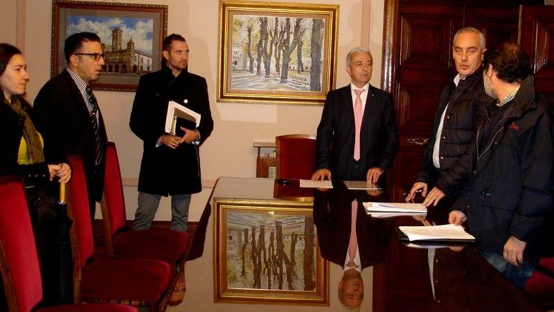 Comienza En Lugo La Reunión Del Alcalde Con Los Colegios De Arquitectos,  Aparejadores E Ingenieros Industriales
