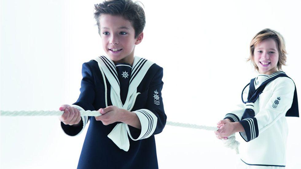 32f516f33 ¿Por qué los niños se visten de marineros en su primera comunión