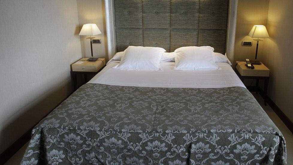 Por qué la cama del hotel siempre está perfecta?