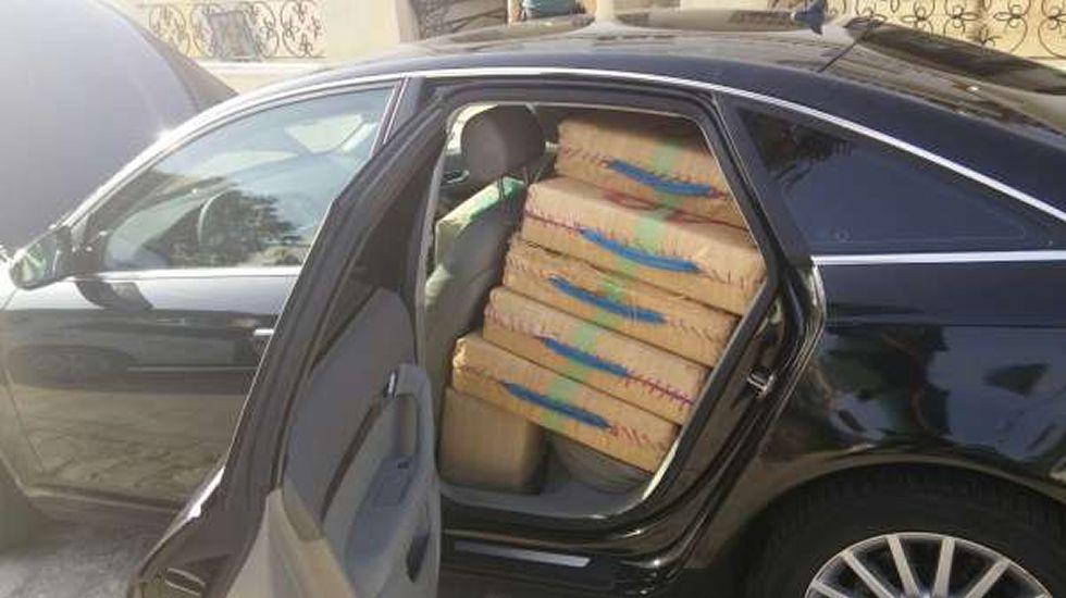 Detenido en Algeciras un hombre que llevaba 900 kilos de hachís en ...