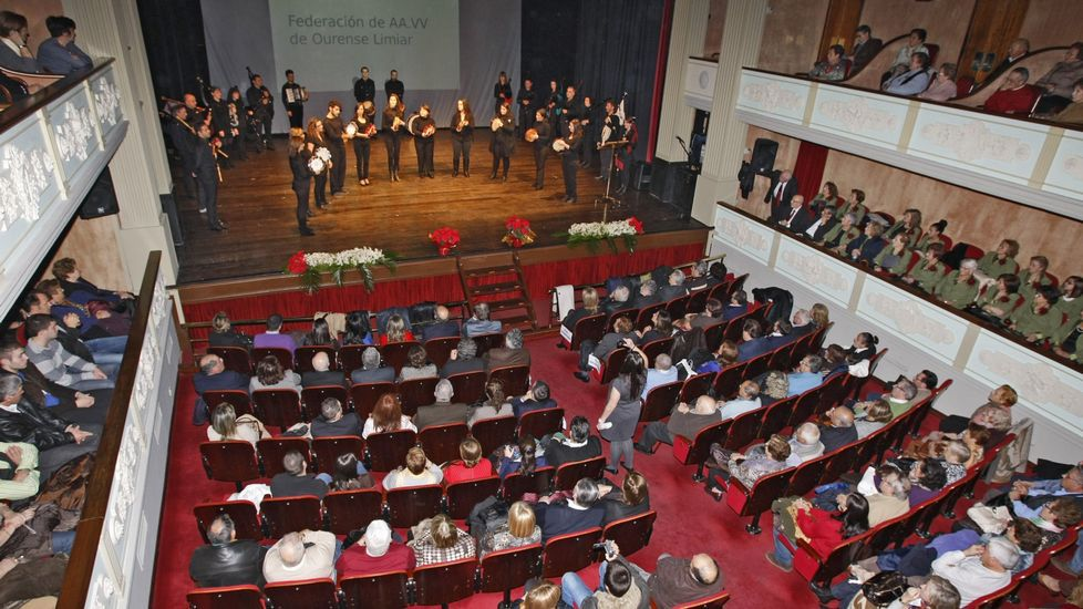 La compañía Limiar Teatro lleva hoy «Pangeia» a la sala madrileña ...