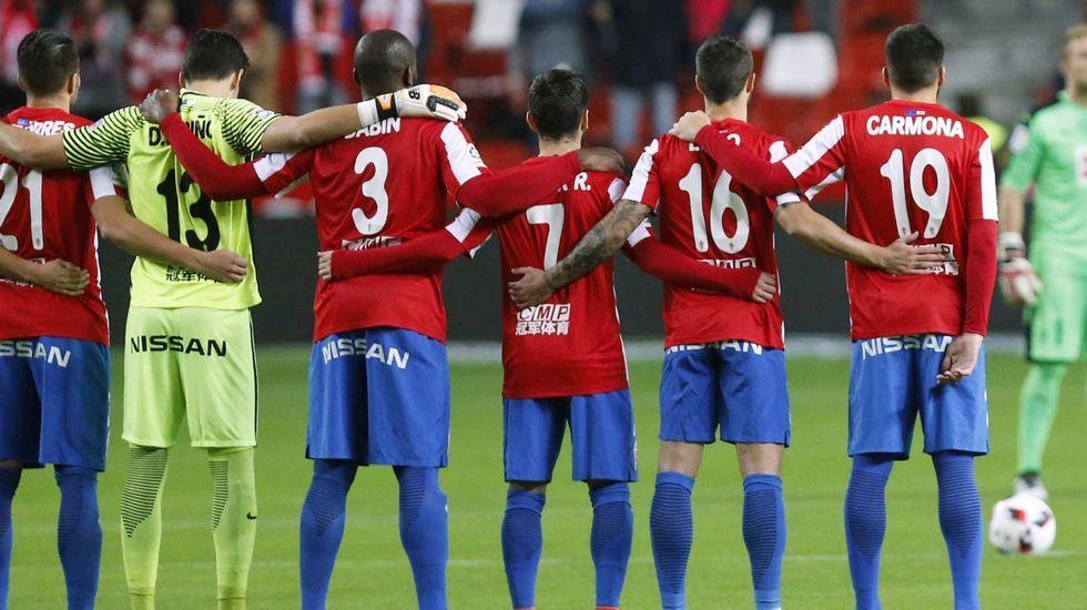 El Sporting ha dado hoy ocho bajas en su plantilla