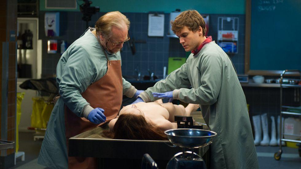 Lección de anatomía y cadáver exquisito