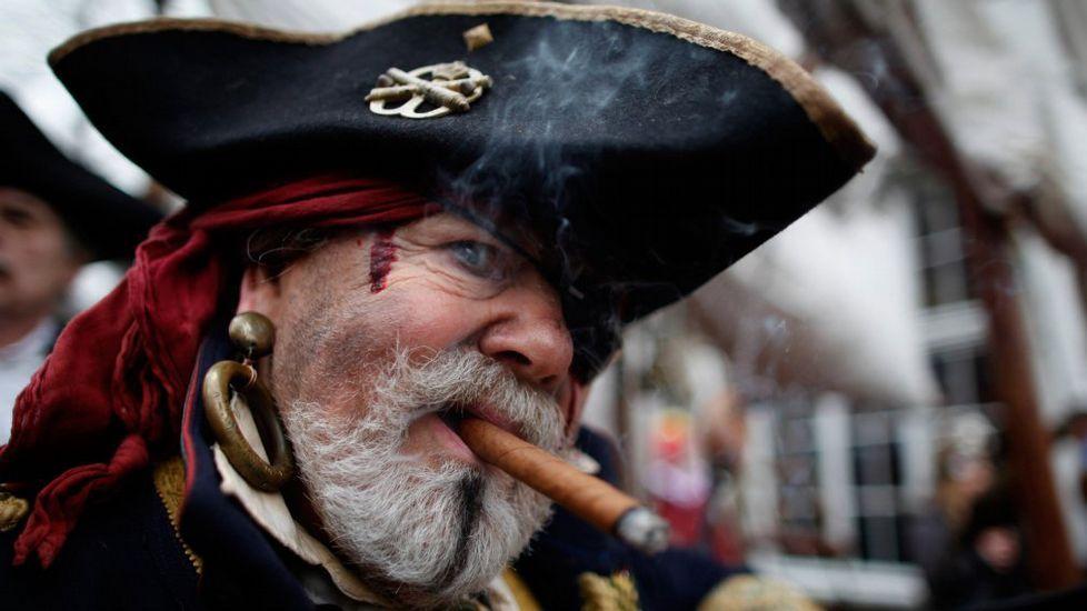 Sabías Por Qué Llevaban Aros En Sus Orejas Los Piratas Y Corsarios