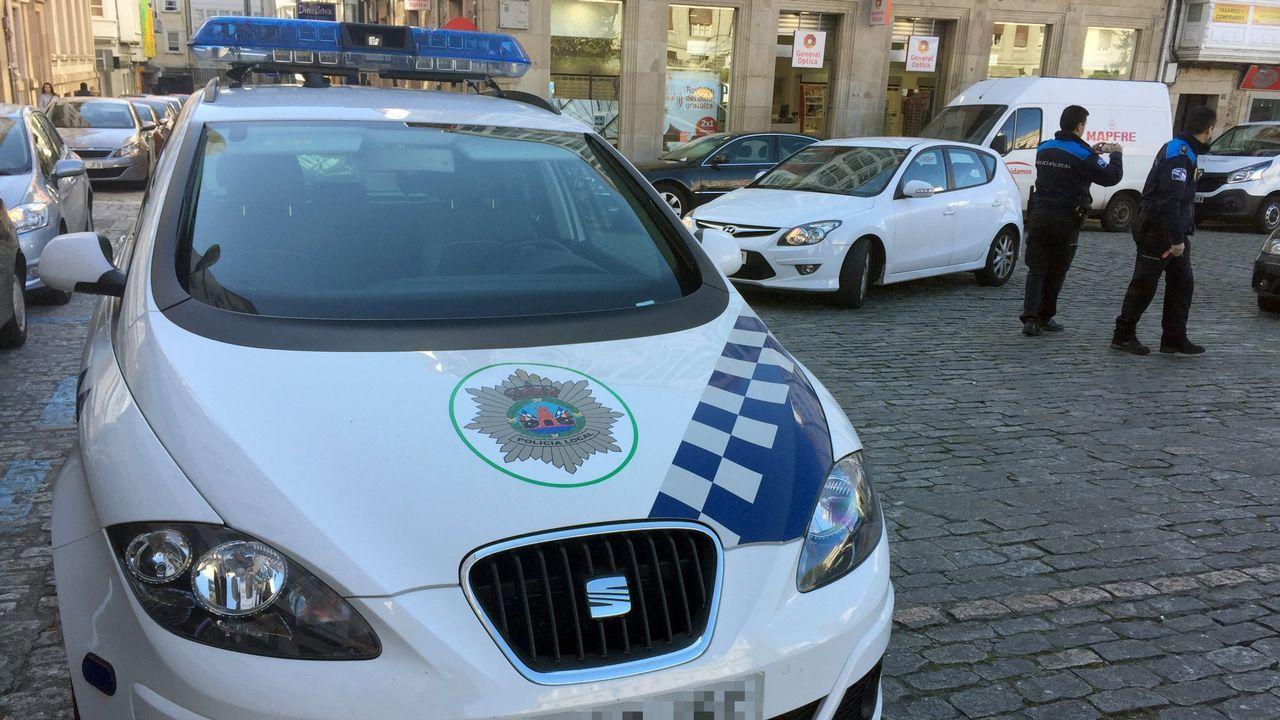 La ya escasa plantilla de la Policía Local está a la mitad de ...