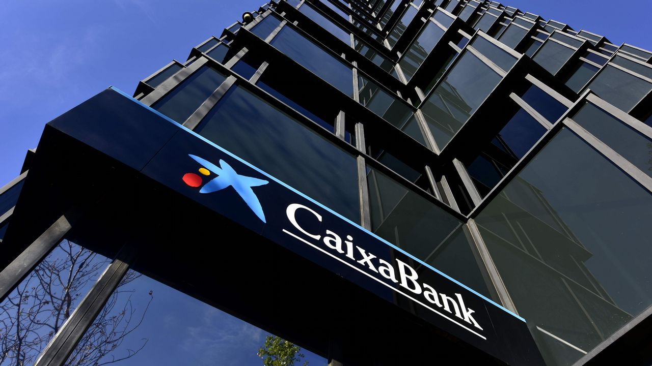 Sabadell Y Caixabank Dan La Espalda Al Soberanismo Y Deciden Irse Ya