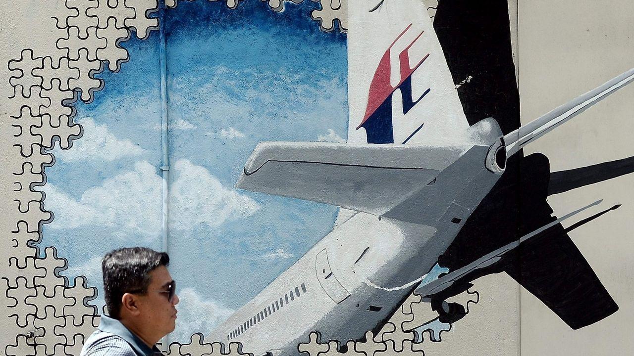 Malasia reanuda la búsqueda oficial del vuelo MH370 desaparecido en ...