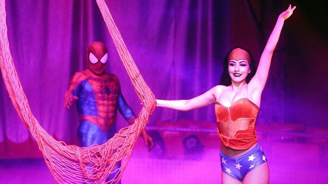 El Gran Circo Holiday reanuda su espectáculo en Vilagarcía