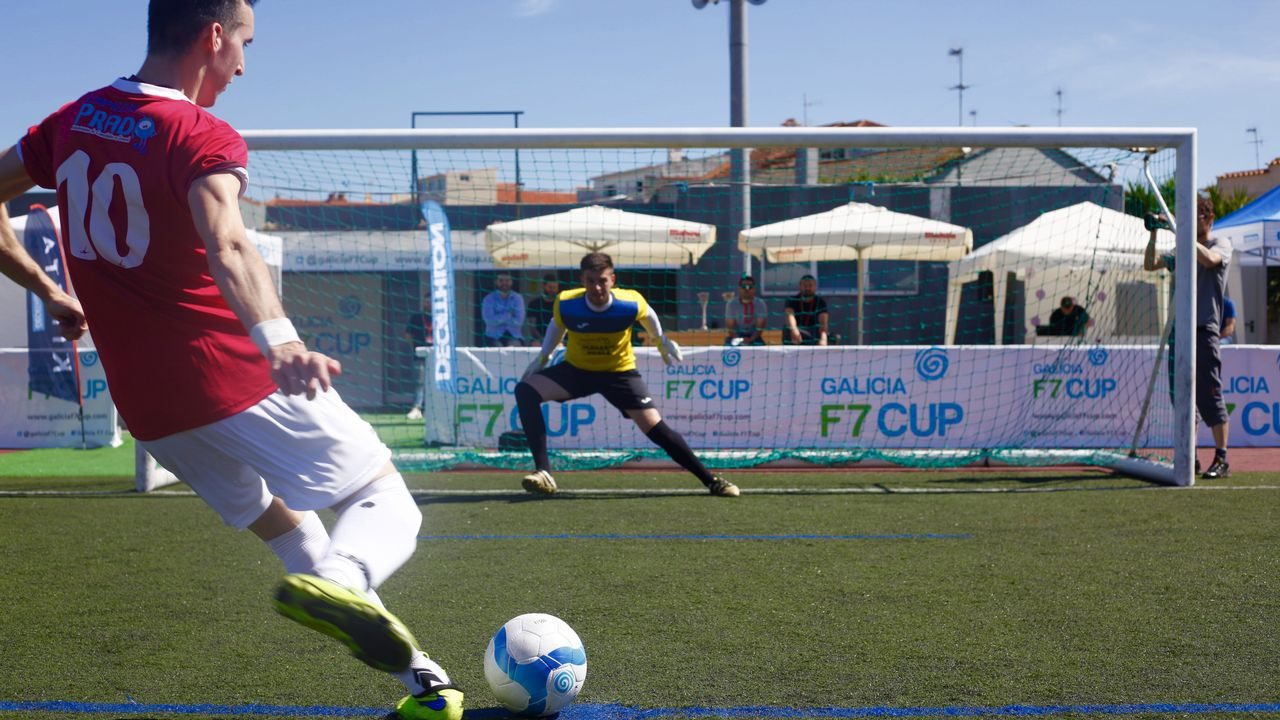 El F7 balón de la Galicia F7 El Cup echará a rodar este lunes en A Coruña ad2fdb