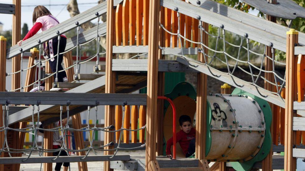 Cuatro Parques De Monforte Tendran Juegos Para Ninos Con Discapacidad