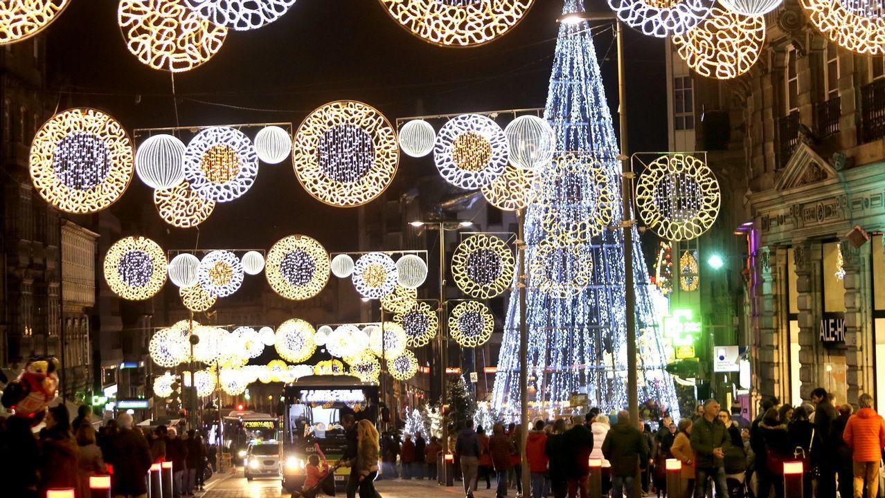 47f6cba3f41 El turismo compra la Navidad de Vigo