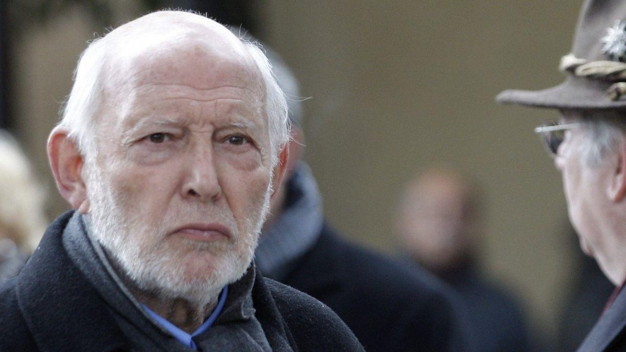 Resultado de imagen de Muere el actor Álvaro de Luna, el inolvidable Algarrobo de la serie 'Curro Jiménez'