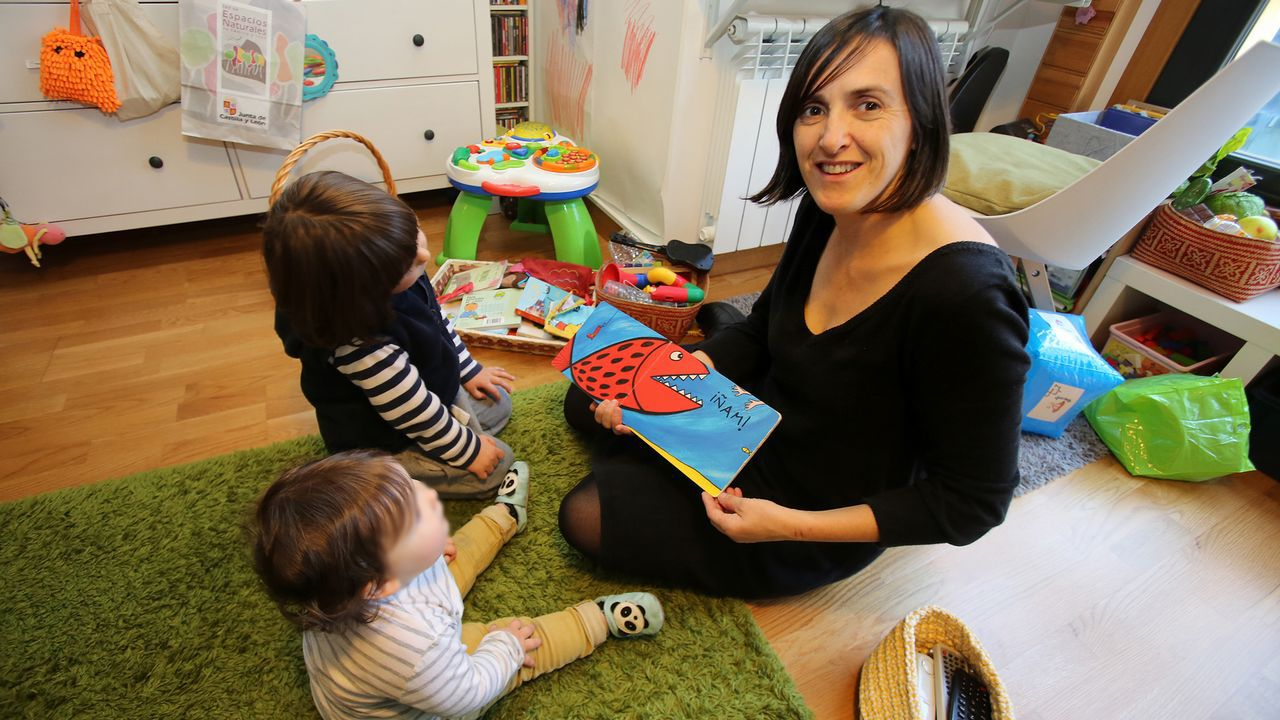 Santiago acoge un encuentro de mujeres que emprenden la maternidad en solitario