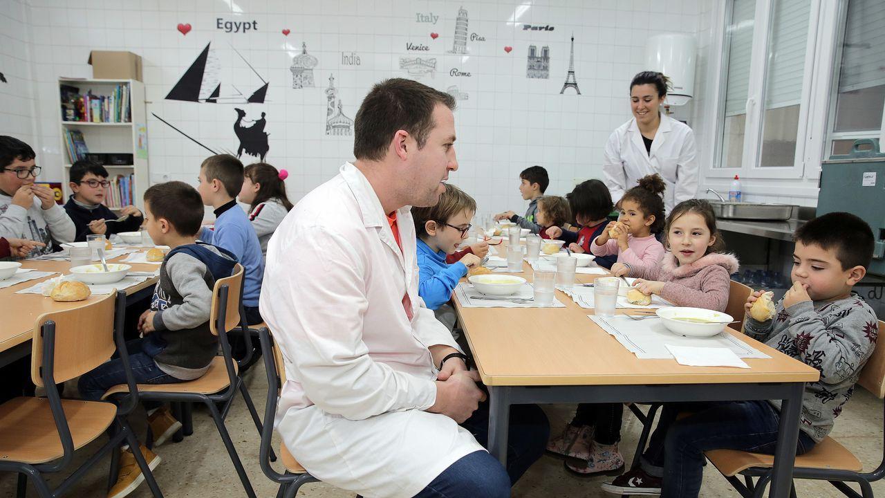 Los alumnos del colegio de Castrelo estrenan su comedor