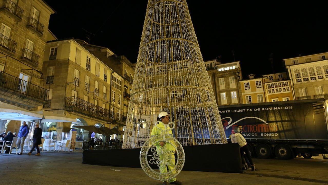 481c9ea93c4 Ourense es la segunda ciudad gallega que menos gasta en luces de Navidad