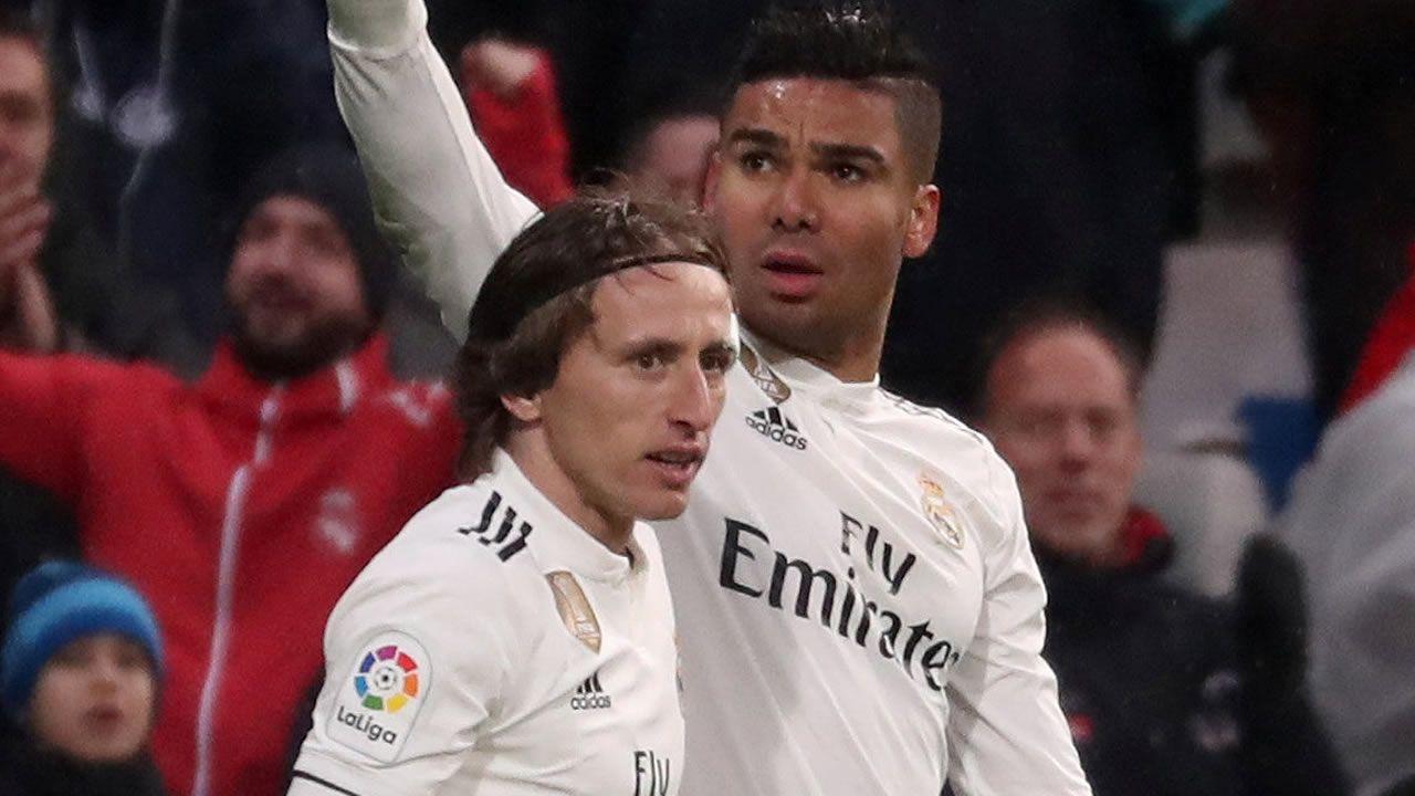 Casemiro y Modric dan la victoria al Real Madrid frente al Sevilla ae2bf5abe4c44