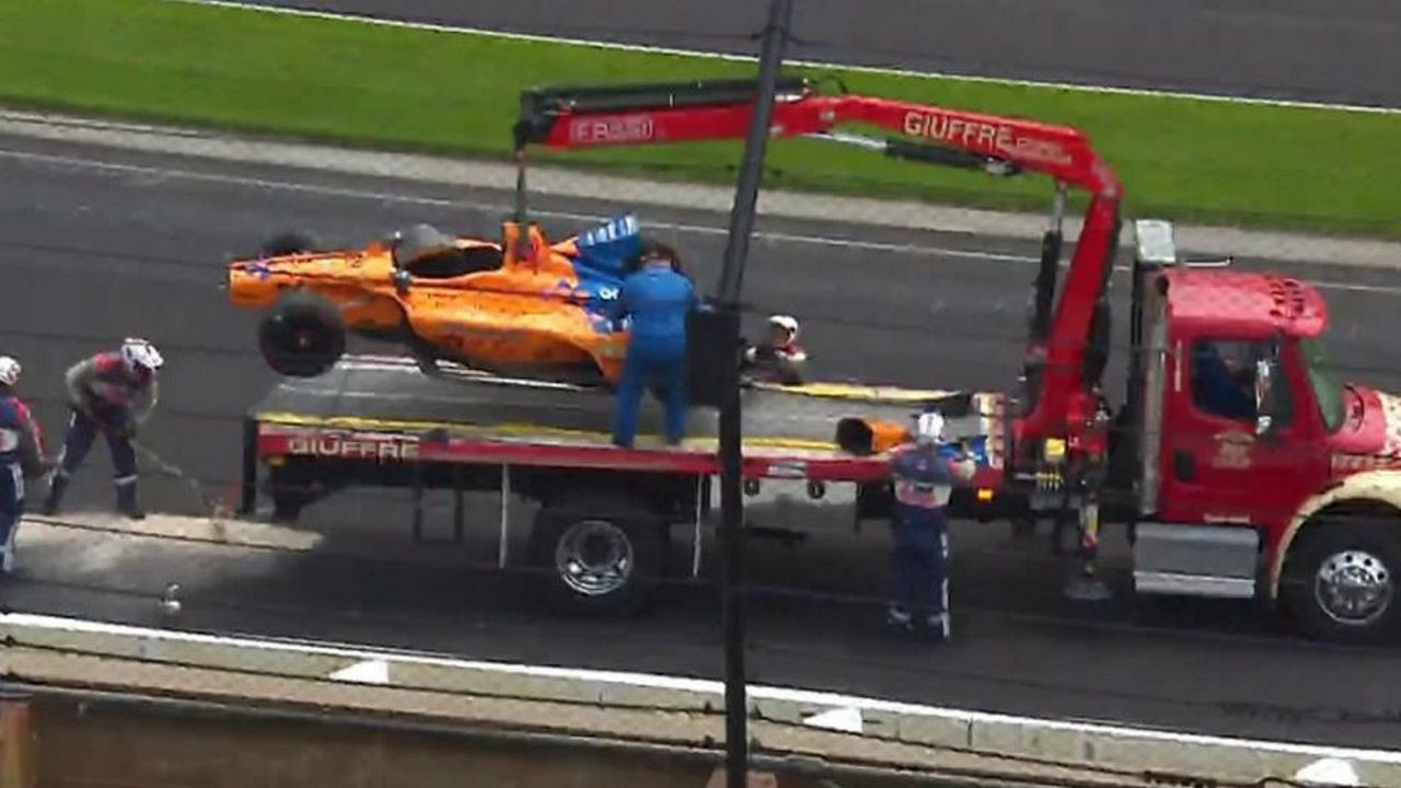 Circuito Fernando Alonso Accidente : Gp bélgica fuerte accidente de fernando alonso en la salida