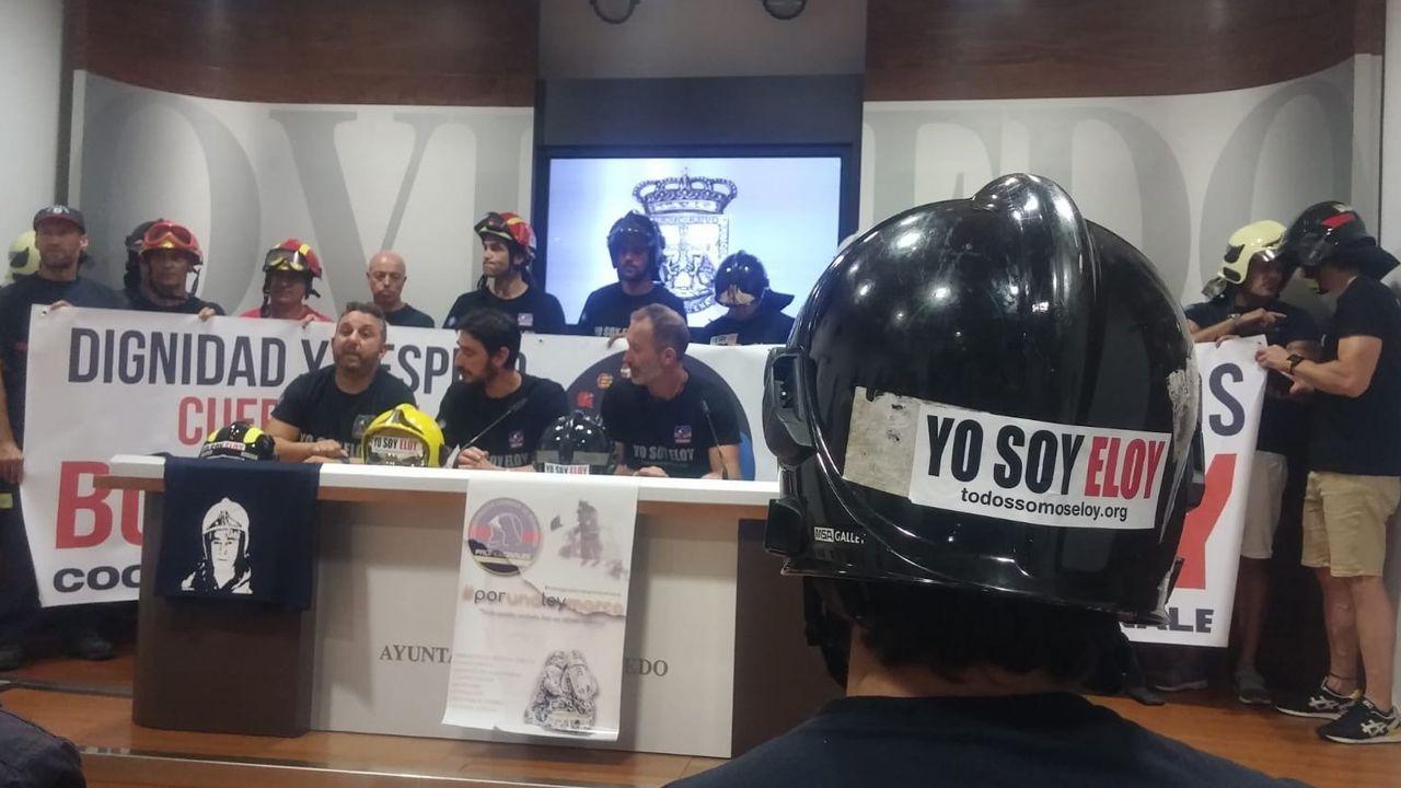 Rueda de prensa ofrecida en Oviedo por el compañero que actuó con Eloy Palacio, Juan Carlos Fernández.