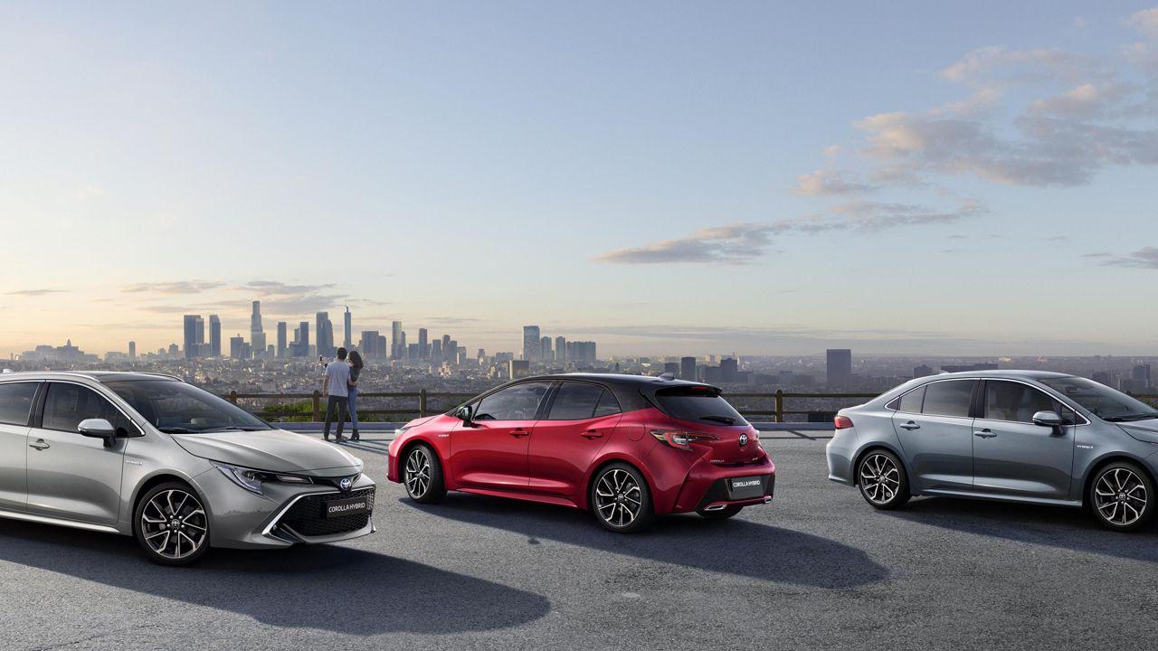 El coche más caro del mundo, en el salón de Ginebra.Imagen de los nuevos modelos de la gama Toyota Corolla
