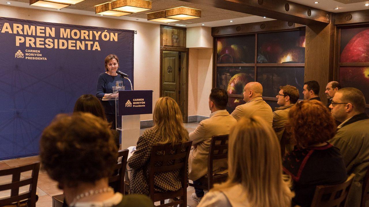 Entrevista a Carmen Moriyón, candidata de Foro a la presidencia del Principado.Carmen Moriyón durante una intervención en Langreo
