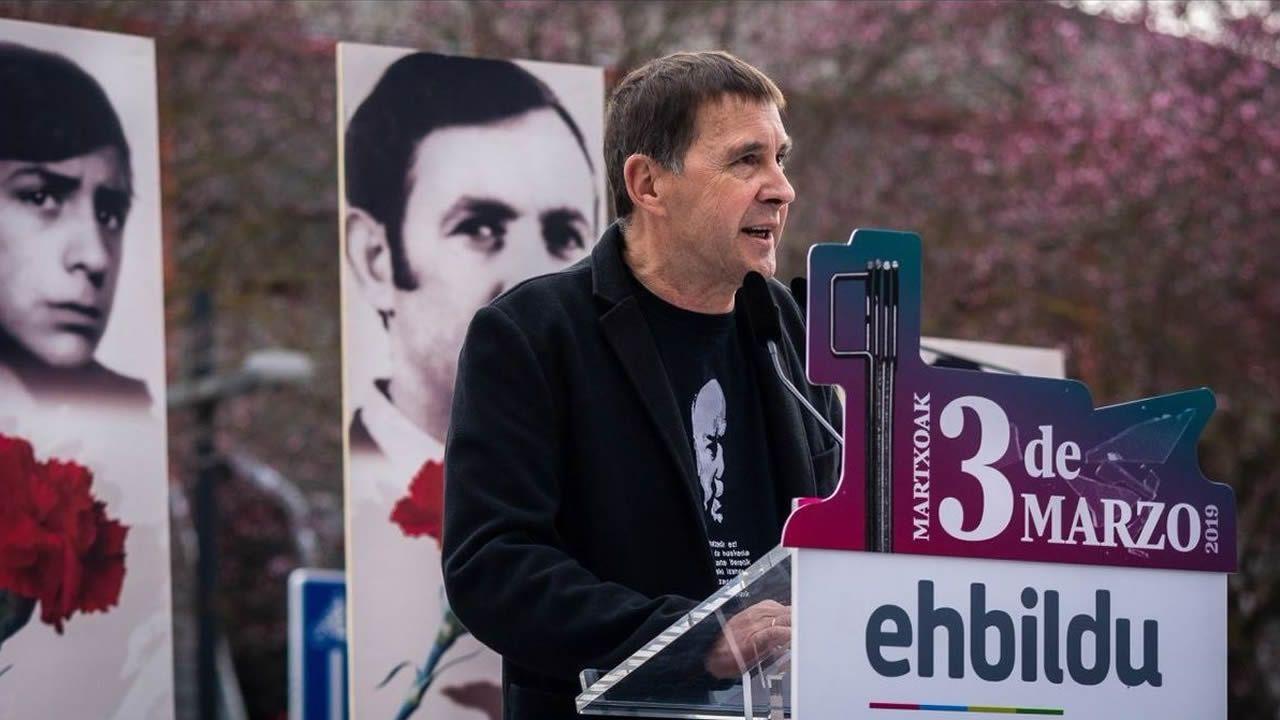 Otegi, ayer, durante un acto político de Bildu antes de la emisión de la entrevista en TV3