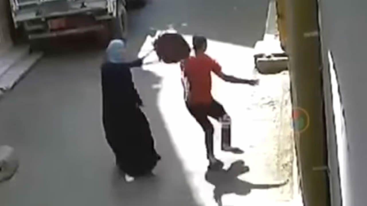 La victoria de la egipcia que se rebeló a bolsazos contra su acosador