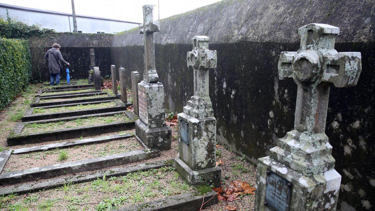 Cementerio inglés en Vilagarcía.Una vista general de Oviedo