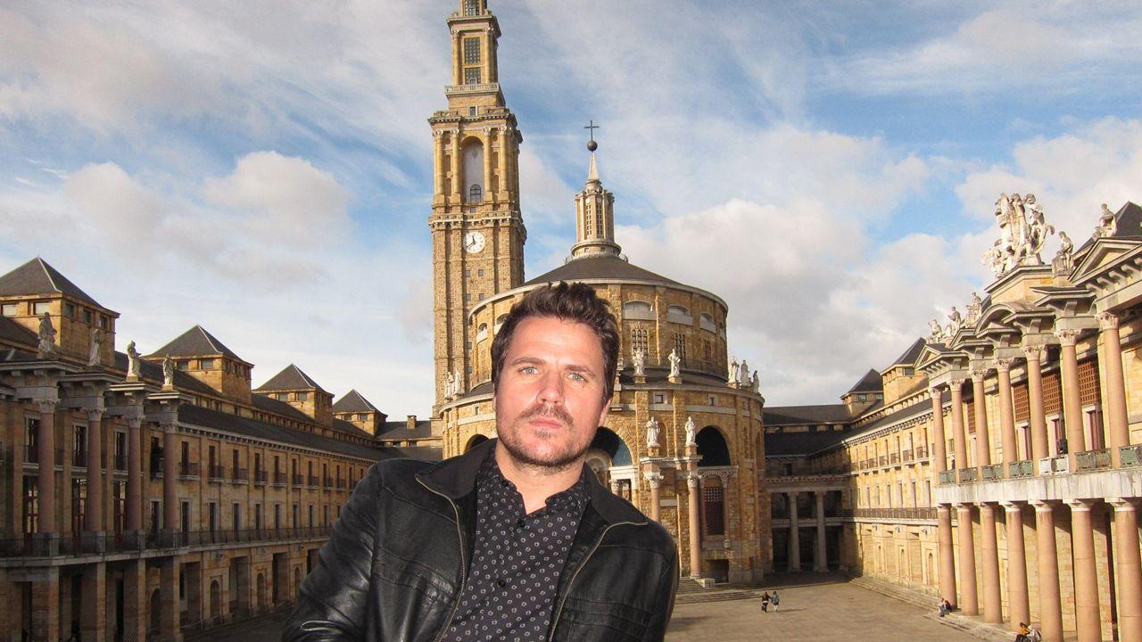 Dani Martín abre el fuego en un multitudinario estreno del Gijón Life.Dani Martín
