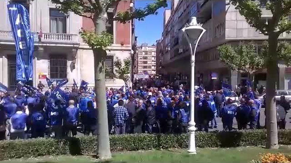 Protesta Acaip.Asamblea de accionistas del Banco Popular