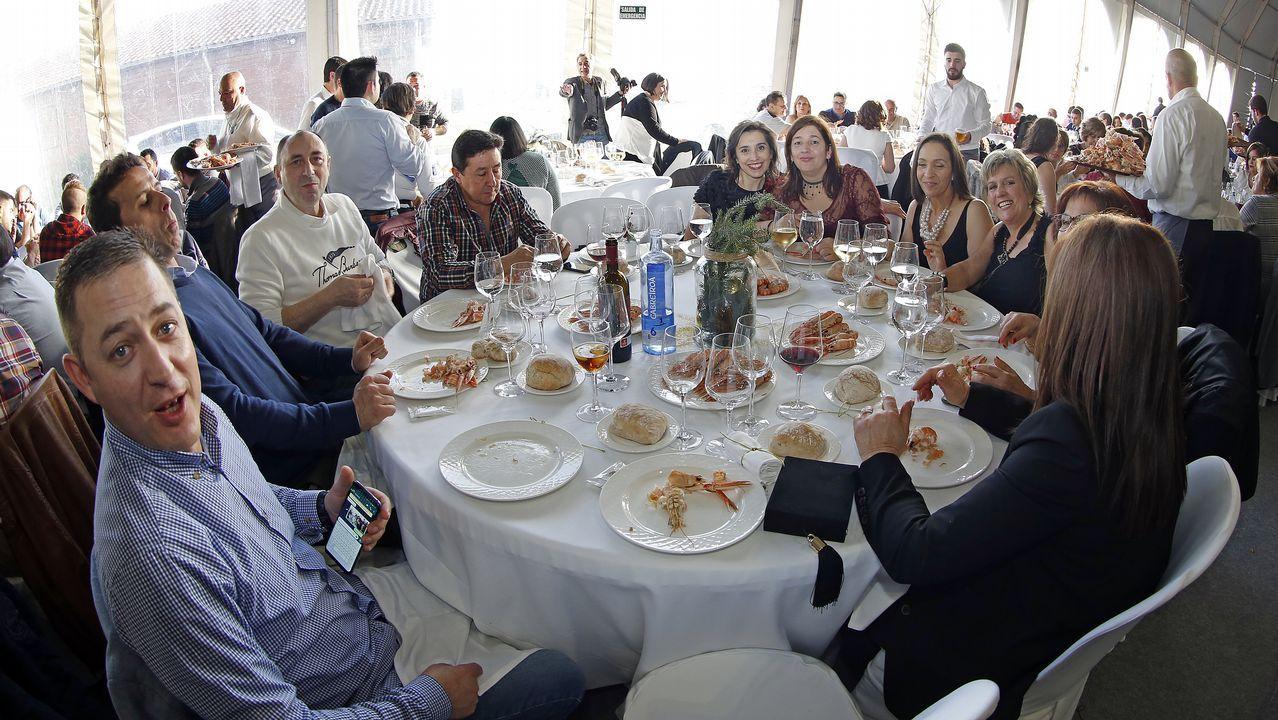 Fotos Cena Navidad Frinsa.Buscate En La Comida De Navidad De Frinsa