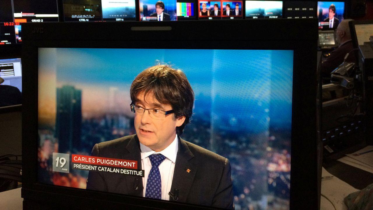 Puigdemont: «Estoy dispuesto a ser candidato incluso desde el extranjero».Imagen de las últimas elecciones autonomicas celebradas en Cataluña