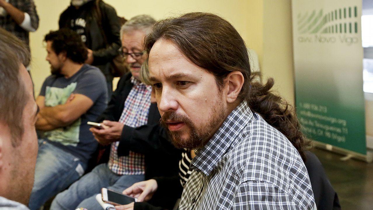 José María Múgica: «Otegi encarna exactamente aquello que tenemos que combatir».El consejero vasco de Hacienda (izqiuierda) con varios miembros del grupo parlamentario del PNV en el Congreso