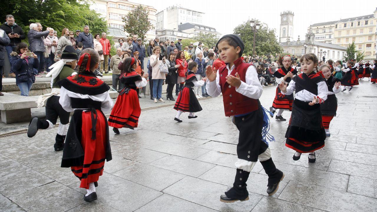 Ofrenda a Eduarda Pondal e tarde de Literatas nas Festiletras: ¡imaxes!