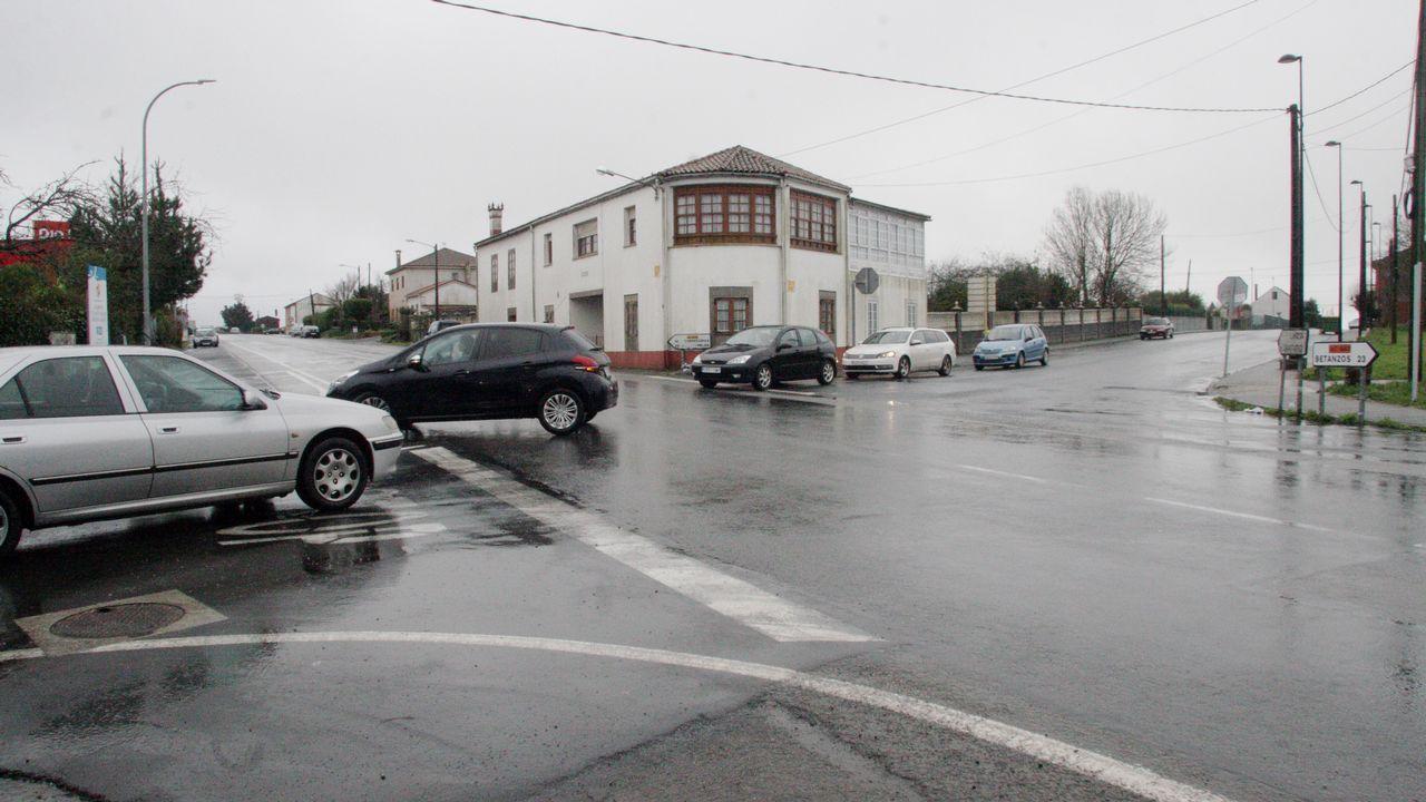 Y la nieve se dejó ver.Solo dos mujeres habitan el núcleo de Filgueira de Barranca (Oza-Cesuras, A Coruña). Enriqueta es una de ellas