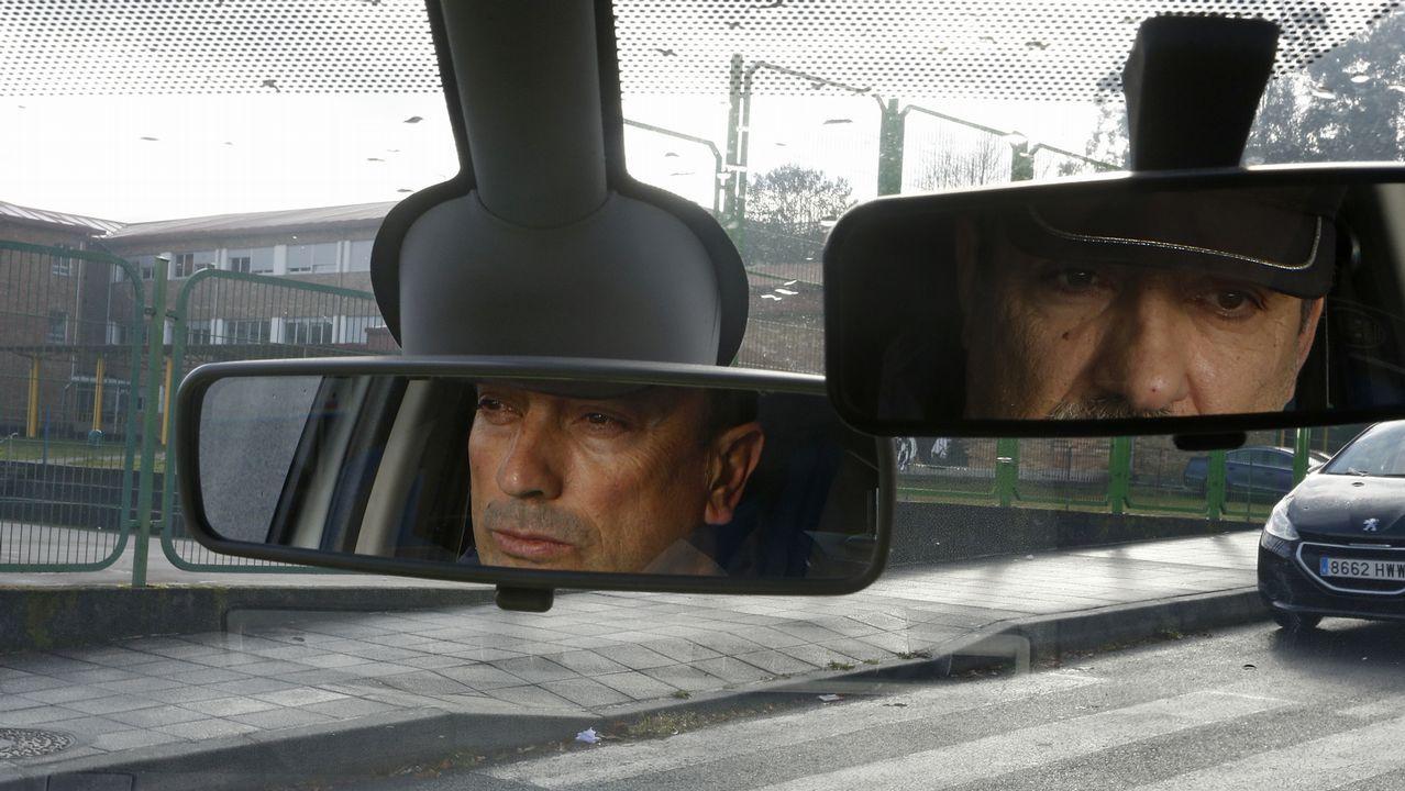 Los ojos que cuidan al pueblo.Imagen de una prueba para optar a la Policía Local celebrada en mayo en A Estrada