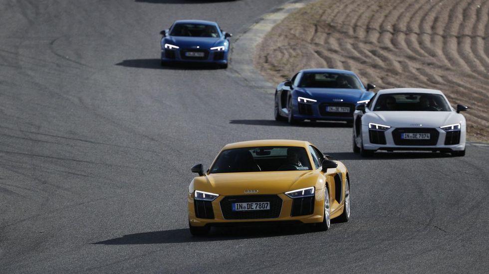 ¿Es una locura comprar un diésel hoy?.José Miguel Aparicio, apoyado en el nuevo Audi Q8 ayer en Santiago.