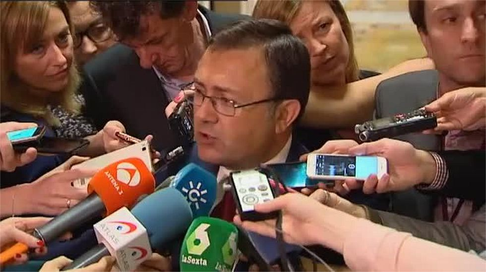 Afines a Pedro Sánchez piden la dimisión del número 2 del PSOE en el Congreso.Adriana Lastra