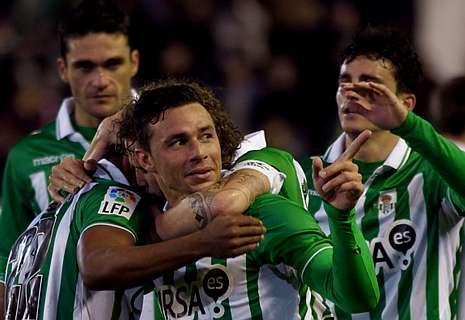 .Rubén Castro ha marcado dieciséis goles esta temporada, incluidos dos al Dépor en la primera vuelta.