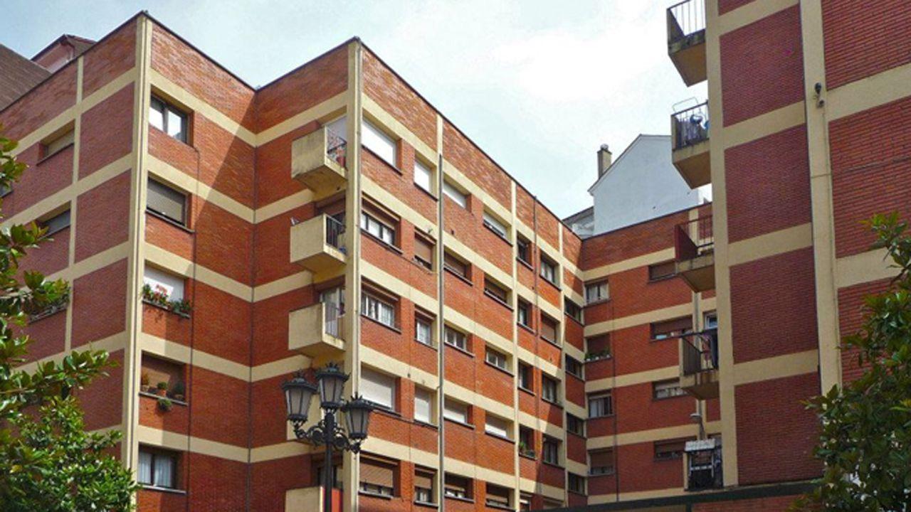 Grupo de 233 viviendas en la calle Vázquez de Mella, números 3 y 10, en Oviedo.Grupo de 233 viviendas en la calle Vázquez de Mella,  números 3 y 10, en Oviedo