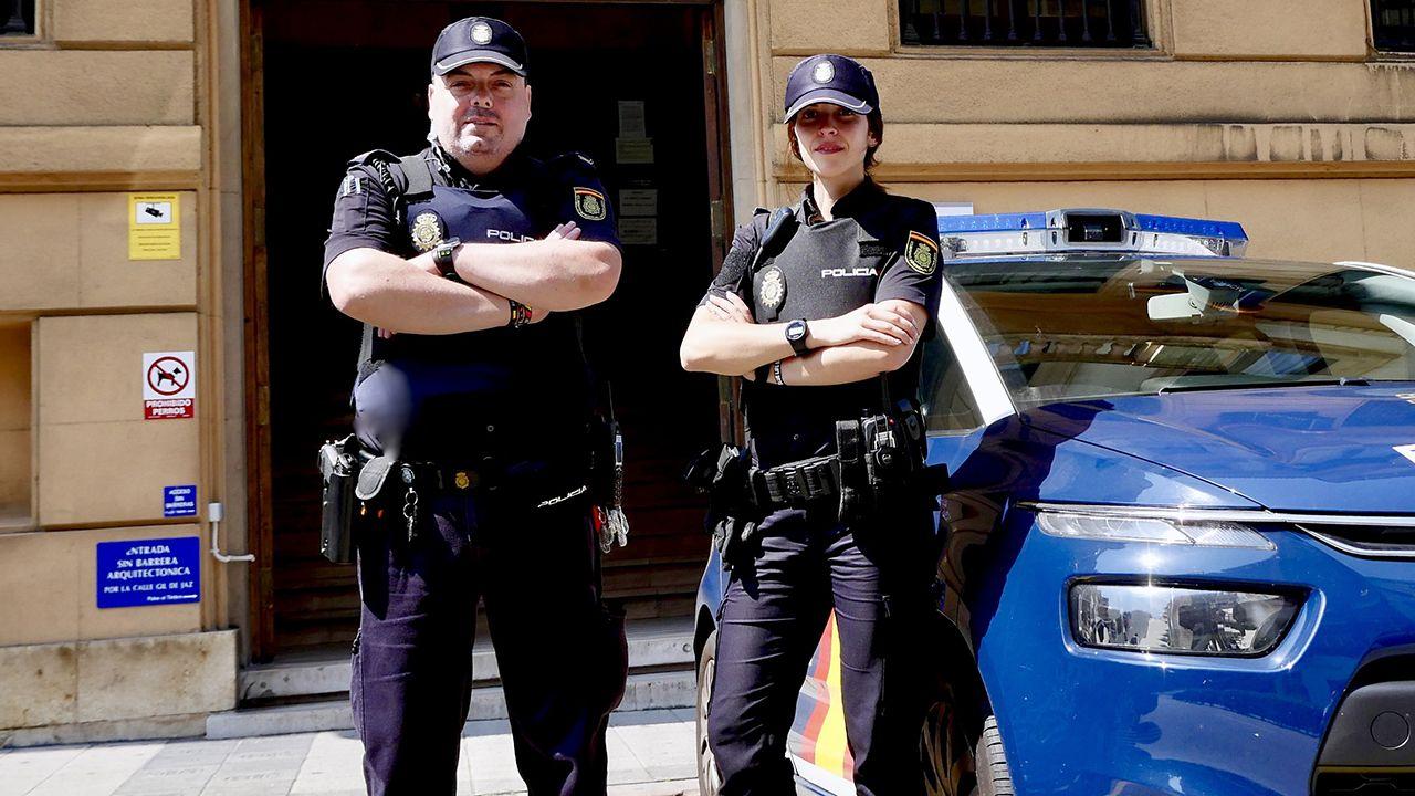 Agentes de la Policía Nacional evitan «in extremis» la muerte de una persona