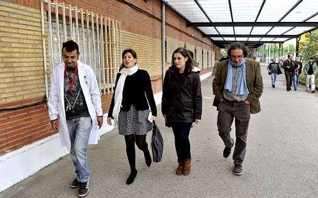 Visita de Yolanda Díaz y Eva Solla al centro con Galán, de EU.