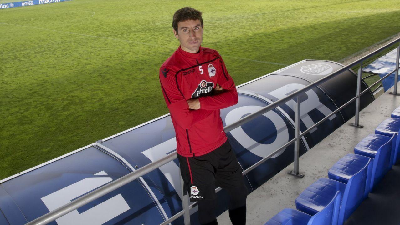 Joselu Real Oviedo Lugo Carlos Tartiere.Joselu, durante el encuentro ante el Lugo