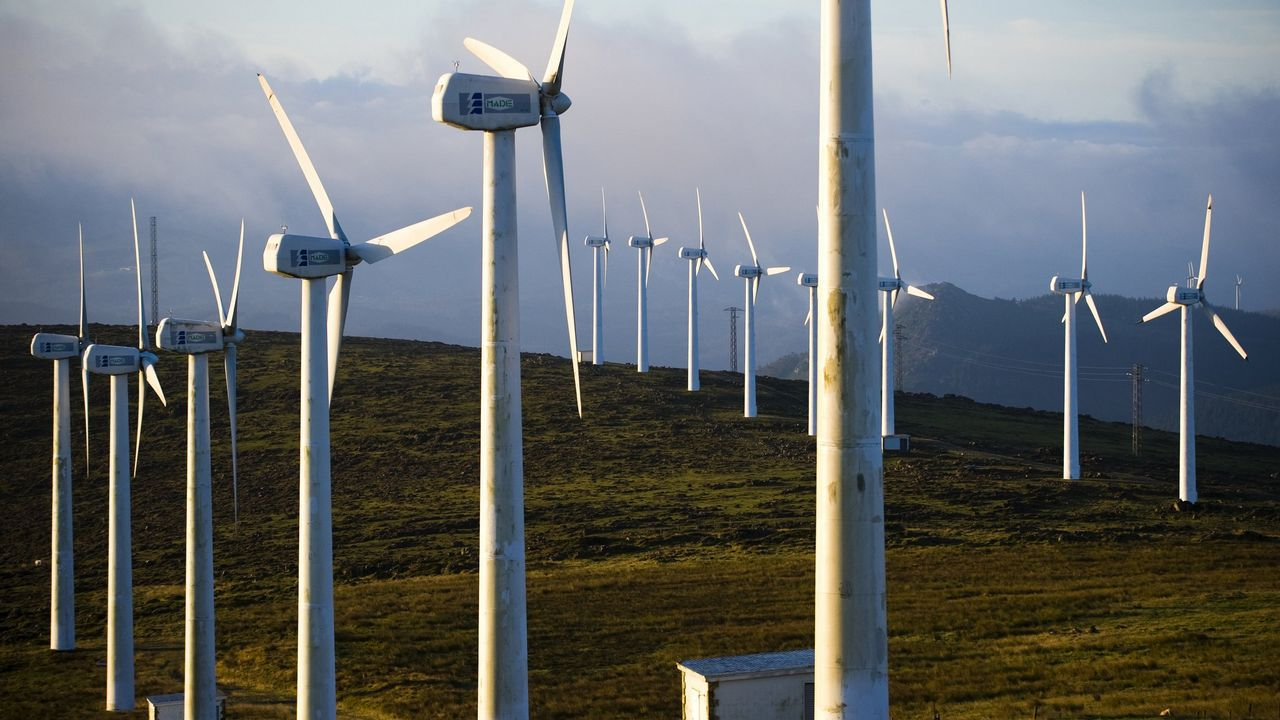 Gráfico con la comparativa de consumo de la energía eléctrica por comunidades