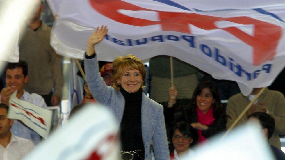 Mitin electoral de cierre de campaña del PP para las autonómicas en octubre del 2003.
