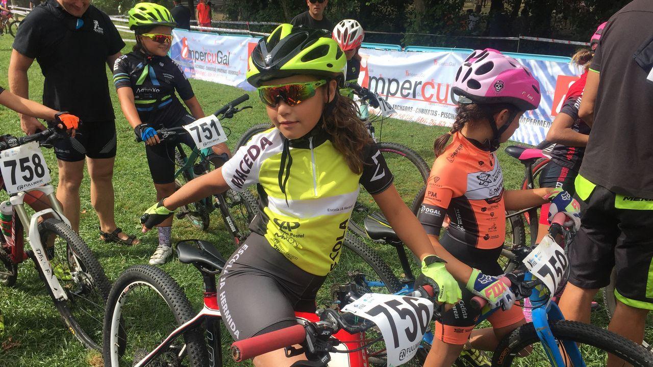 mini BTT Maceda.Organizó el Club Ciclista Maceda y compitieron clubes de toda Galicia, con unos 400 participantes.