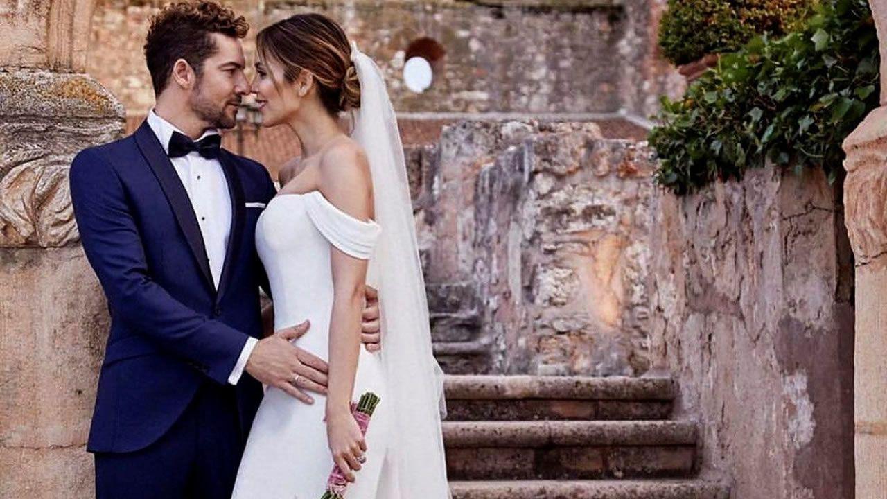 Nuria Fergó y Natalia Rodríguez reaccionan a la boda de Bisbal.Distribución de los espacios en la explanada del parque Hermanos Castro para el festival Gijón Life